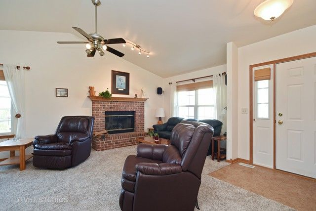 Ranch, Detached Single - Antioch, IL (photo 3)