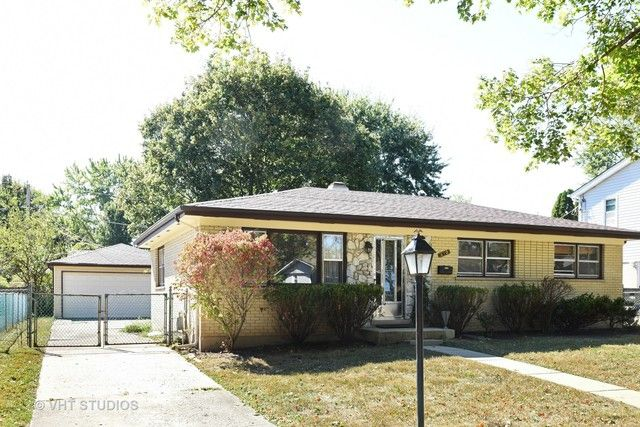 Ranch, Detached Single - West Dundee, IL (photo 1)