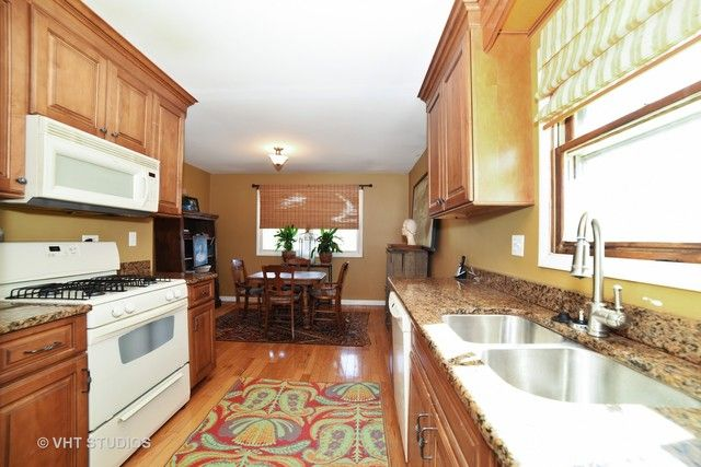 Ranch, Detached Single - West Dundee, IL (photo 2)