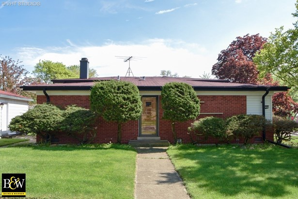Tri-Level, Detached Single - Chicago Heights, IL (photo 1)