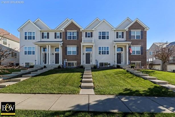 Townhouse - Plainfield, IL (photo 1)