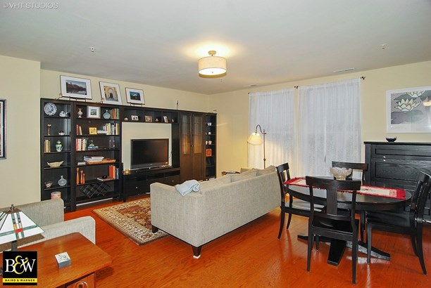 Condo - Forest Park, IL (photo 2)