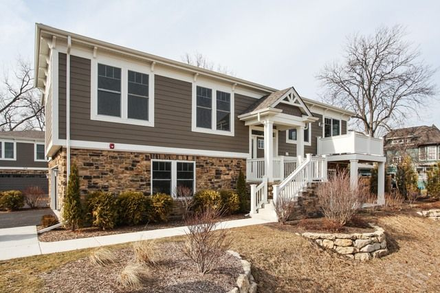 Townhouse - Deerfield, IL (photo 1)