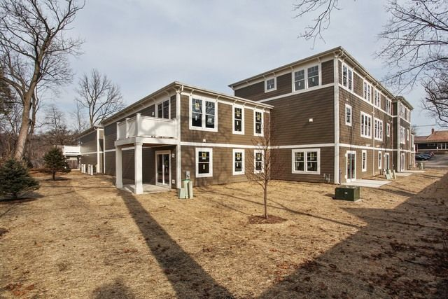 Townhouse - Deerfield, IL (photo 3)