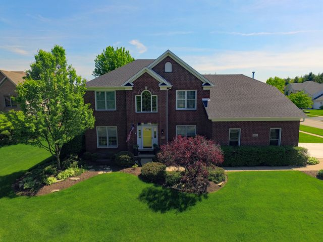 Traditional, Detached Single - Batavia, IL (photo 1)