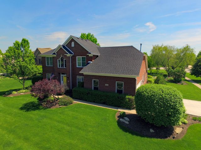 Traditional, Detached Single - Batavia, IL (photo 2)