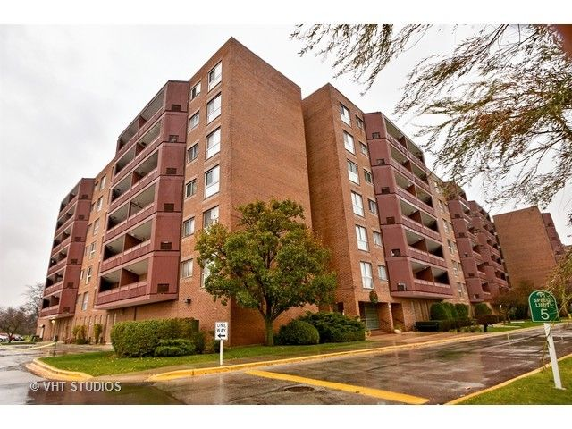 Condo - Calumet City, IL (photo 1)