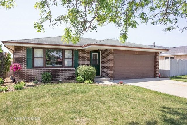 Detached Single, Step Ranch - Orland Hills, IL (photo 1)