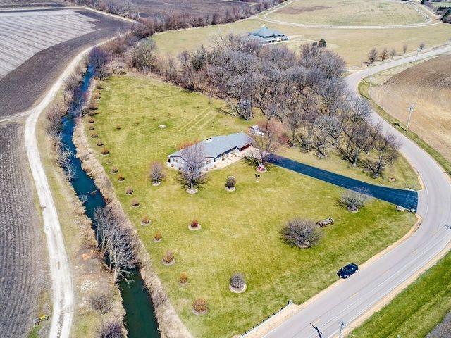 Ranch, Detached Single - Plano, IL (photo 2)