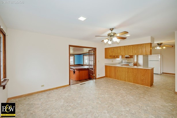 Ranch, Detached Single - Minooka, IL (photo 4)