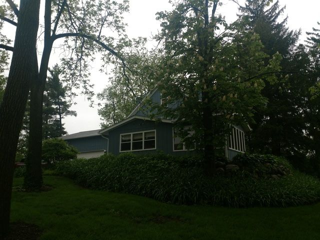 Traditional, Detached Single - East Dundee, IL (photo 4)