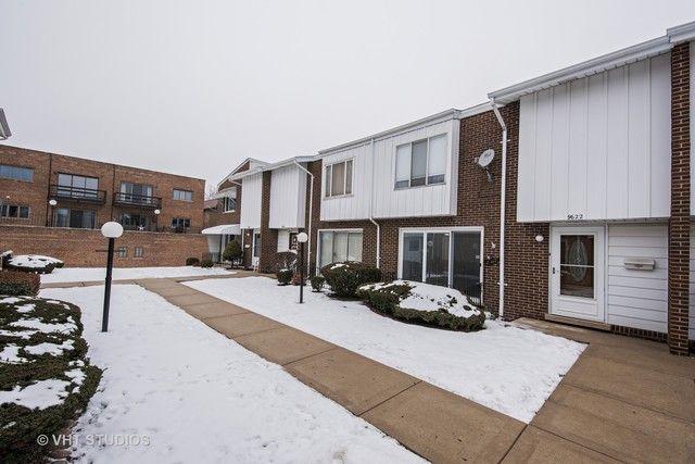 Townhouse - Oak Lawn, IL (photo 1)