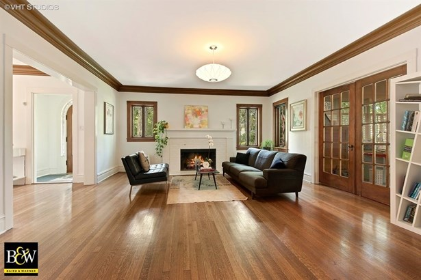 Traditional, Detached Single - Wilmette, IL (photo 3)