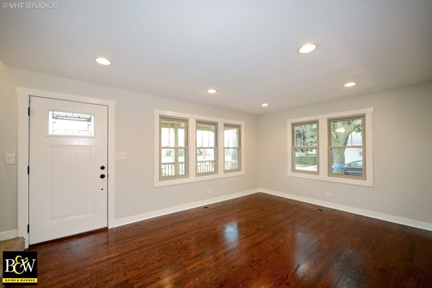 Cottage, Detached Single - Harwood Heights, IL (photo 2)