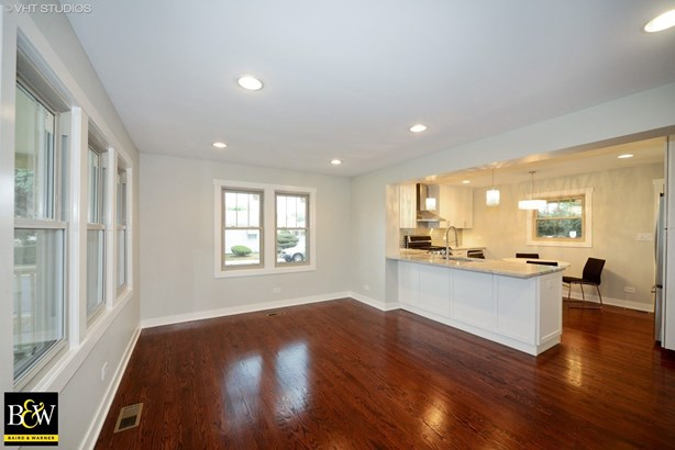 Cottage, Detached Single - Harwood Heights, IL (photo 5)