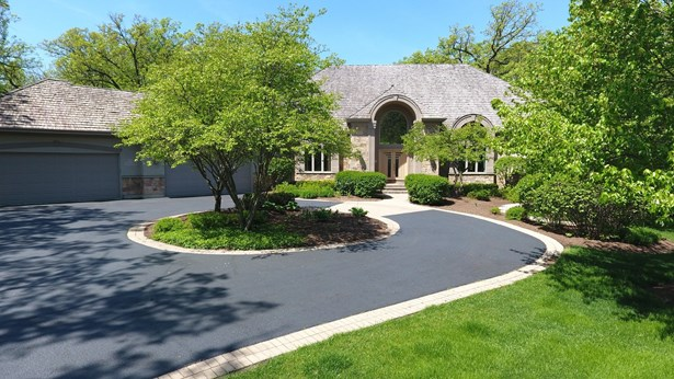 Ranch, Detached Single - Wadsworth, IL