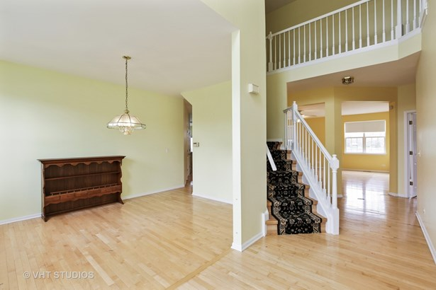 Contemporary, Detached Single - Crystal Lake, IL (photo 2)