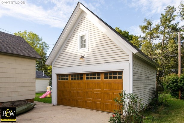 Two to Four Units, Traditional - East Dundee, IL (photo 2)