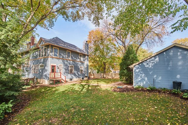 Traditional, Detached Single - Downers Grove, IL (photo 3)