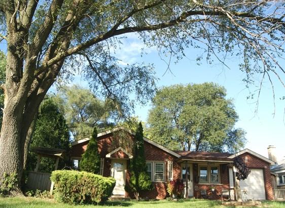 Ranch, Detached Single - Rosemont, IL