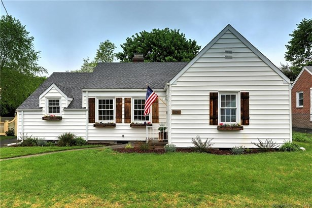171 Eastern Parkway, Milford, CT - USA (photo 1)