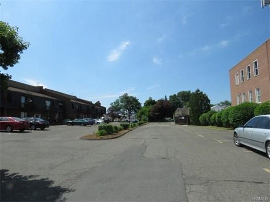 80 Main Street C3, Bradley International Airpor, CT - USA (photo 2)
