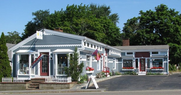 276 Main Street, Dennis, MA - USA (photo 1)