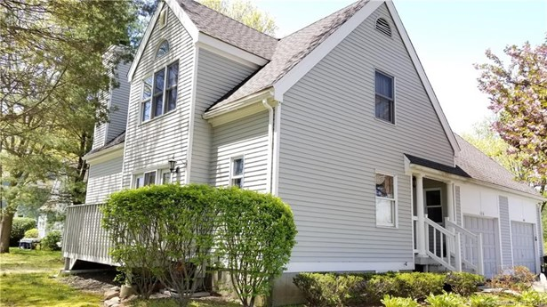 104 Grinnell Street 104, Milford, CT - USA (photo 2)