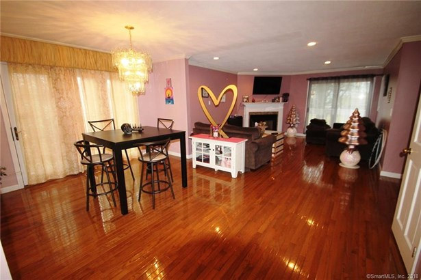 104 Grinnell Street 104, Milford, CT - USA (photo 3)