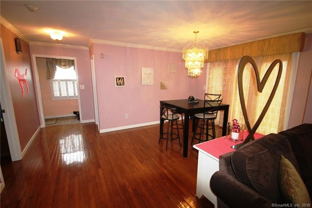 104 Grinnell Street 104, Milford, CT - USA (photo 4)