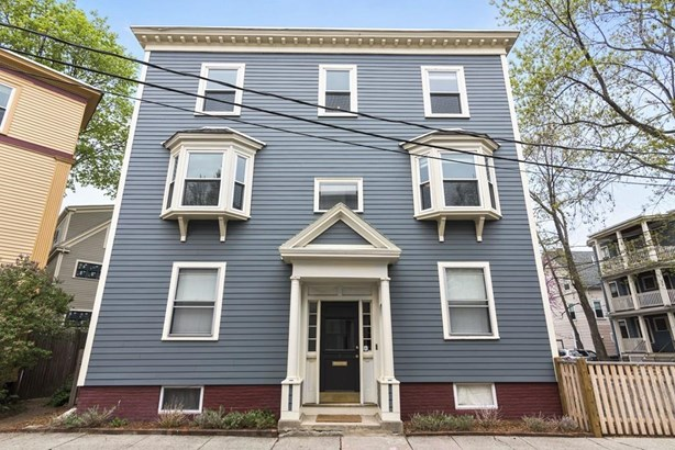 7 Arcadia Street 2, Cambridge, MA - USA (photo 3)