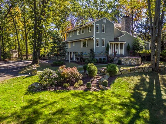 22 Hilltop Road, Norwalk, CT - USA (photo 2)