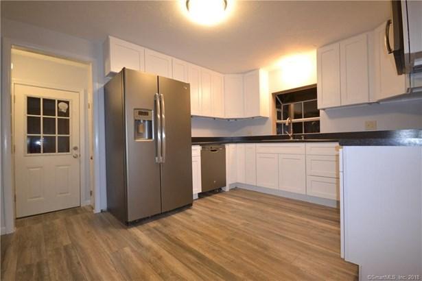 23 Ganny Terrace, Enfield, CT - USA (photo 2)