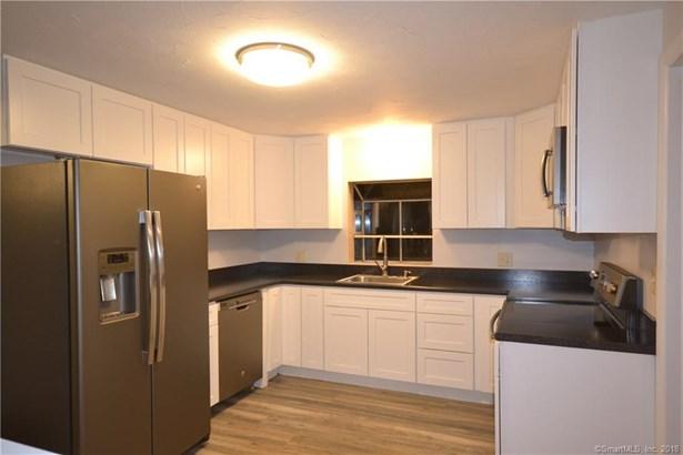 23 Ganny Terrace, Enfield, CT - USA (photo 3)