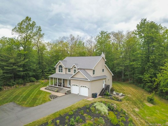 16 Candlewood Lane, Granby, CT - USA (photo 2)