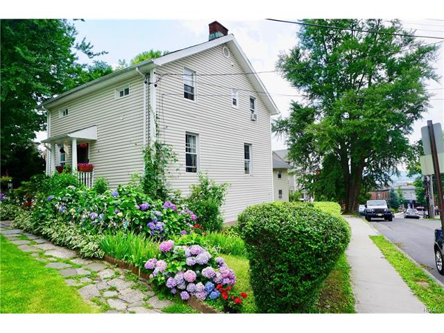 36 Hamilton Place, Tarrytown, NY - USA (photo 1)