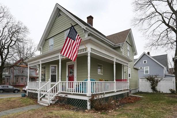 39 Norwood Street, Marlborough, MA - USA (photo 1)