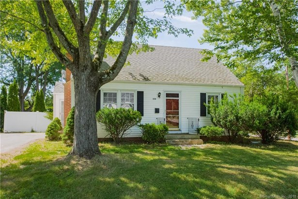 258 Trout Brook Drive, West Hartford, CT - USA (photo 1)