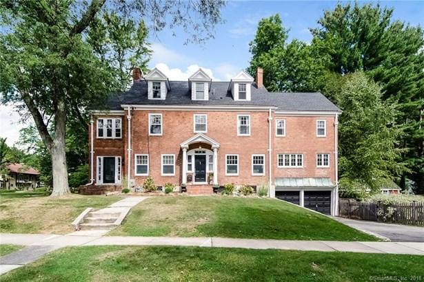 44 Bainbridge Road, West Hartford, CT - USA (photo 1)