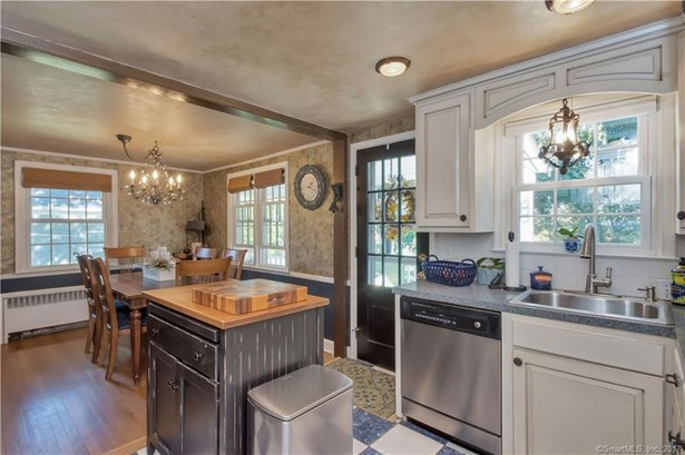 136 Griswold Road, Wethersfield, CT - USA (photo 4)