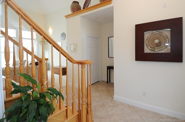 10 Joshua Valley Road, East Lyme, CT - USA (photo 5)
