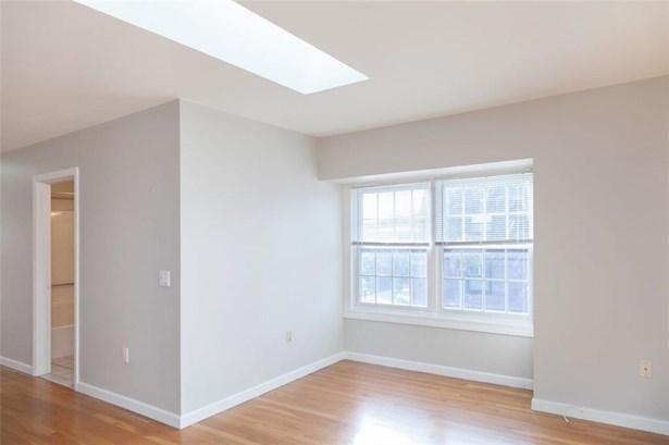 1427 Westminster St, Unit#5, Providence, RI - USA (photo 5)