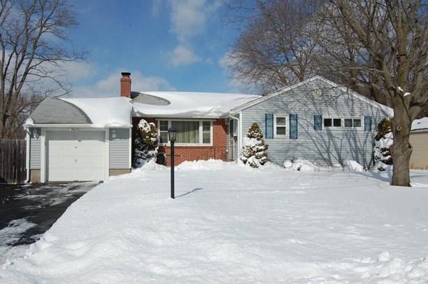 42 Kencove Drive, East Hartford, CT - USA (photo 1)
