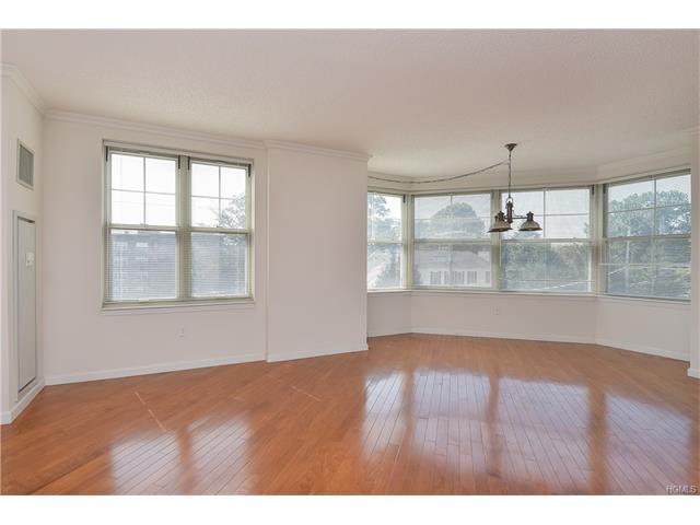 300 Mamaroneck Avenue 635, White Plains, NY - USA (photo 4)