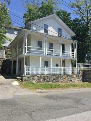 34 Oak Street, Brewster, NY - USA (photo 1)