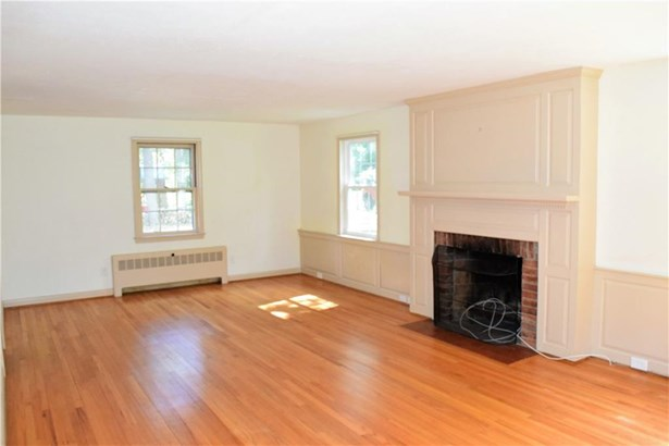 16 West Tomstead Road, Simsbury, CT - USA (photo 2)