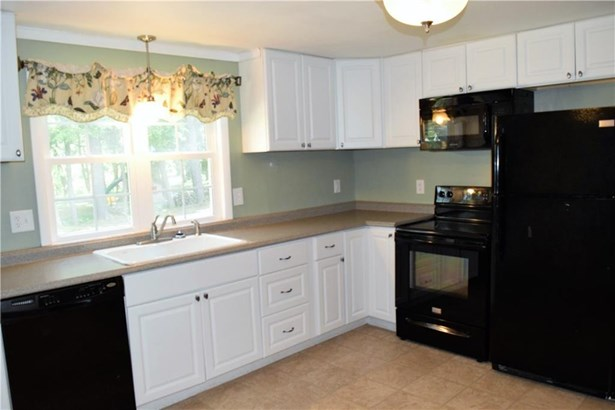 16 West Tomstead Road, Simsbury, CT - USA (photo 4)