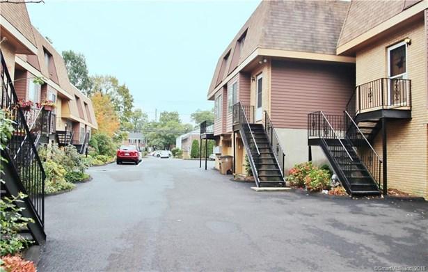 100 Maple Tree Avenue 2, Stamford, CT - USA (photo 1)