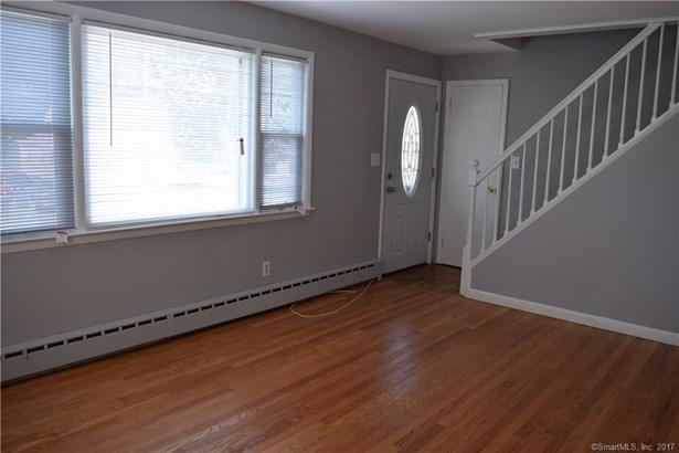 455 Burnsford Avenue, Bridgeport, CT - USA (photo 2)