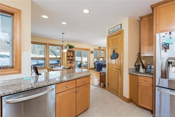 25 Giovanni Drive, Waterford, CT - USA (photo 4)